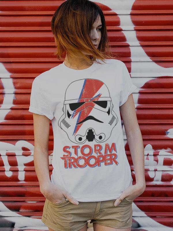 https://www.shirt-store.com/pub_docs/files/Startsida2020/SW-Trooper-Front.jpg